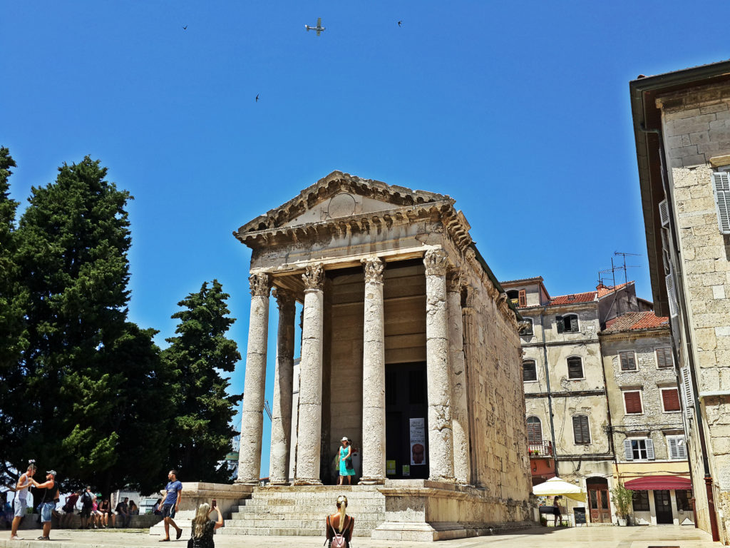 things to see in pula